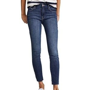 Mother Looker Ankle fray Jeans Size 27 DR